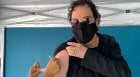 Casagrande é vacinado contra Covid-19: