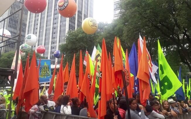 Centrais sindicais se unem no Dia do trabalho, em São Paulo