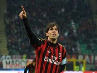 Kaká fez dois gols em seu jogo de número 300 com a camisa preta e vermelha do Milan