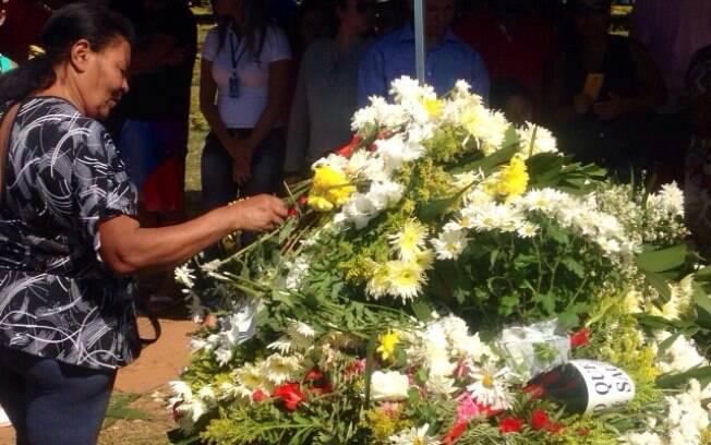 Últimas homenagens a Cristiano Araújo. Foto: Clenon Ferreira/especial para o iG