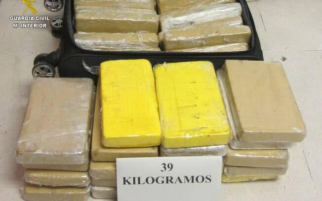 Os 39 kg de cocaína apreendidos estavam em 37 pacotes transportados em uma mala de mão