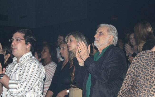 Francisco Cuoco e Thais Rodrigues no show de Daniel Boaventura