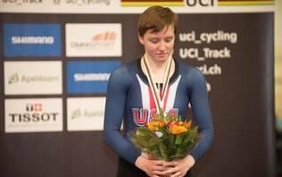 Ciclista norte-americana tricampeã mundial é encontrada morta aos 23 anos