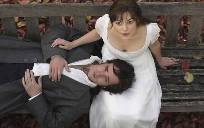 """""""Orgulho e Preconceito"""", filme de 2005 revive o clássico de Jane Austen. Com Keira Knightley, como Elizabeth, e Matthew Macfadyen, no papel do irresistível Mr. Darcy"""