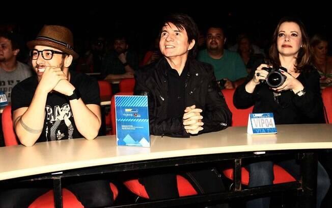 Júnior, Xororó e Noely Lima prestigiam Sandy