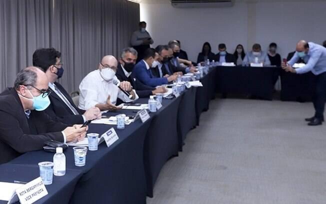 Com lotação, região de Campinas pede mais leitos de UTI-Covid no AME