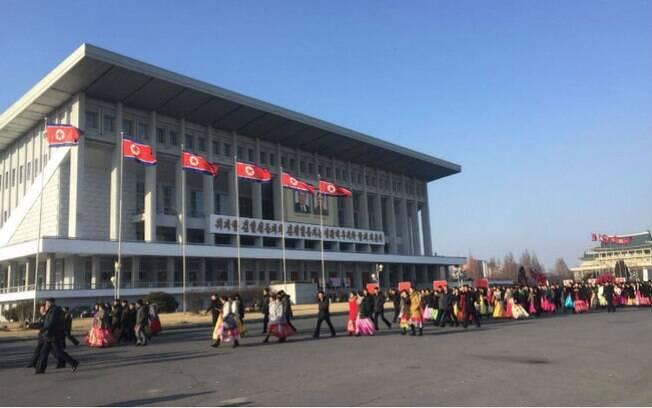 Para fazer turismo na Coreia do Norte é preciso contratar uma agência que organiza toda a viagem
