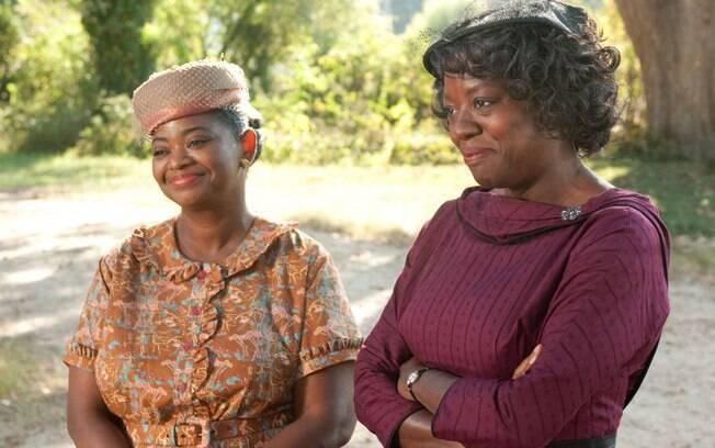 Viola Davis (dir) e Octavia Spencer (esq) em