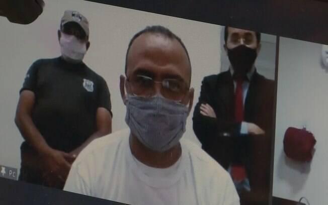 Vereador preso toma posse no Sertão da Paraíba