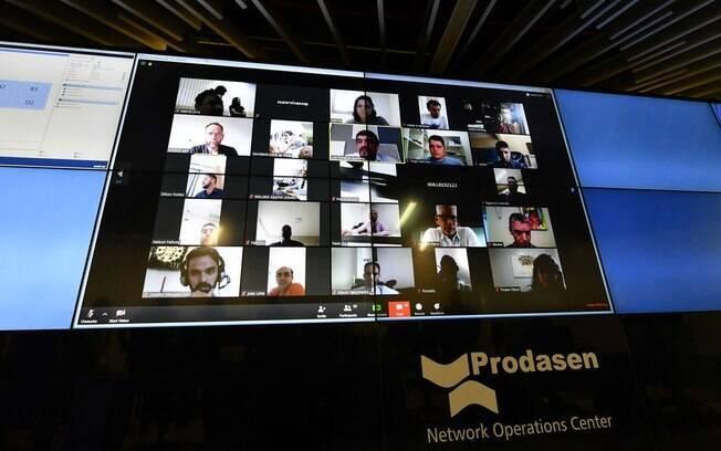 Senadores realizaram votação por vídeoconferência