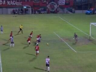 Capixaba deixa a zaga do Flamengo para trás e faz Galinho 2 a 0 no Rio