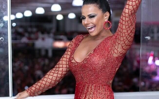 Viviane Araújo gravou vídeos cantando música de Belo