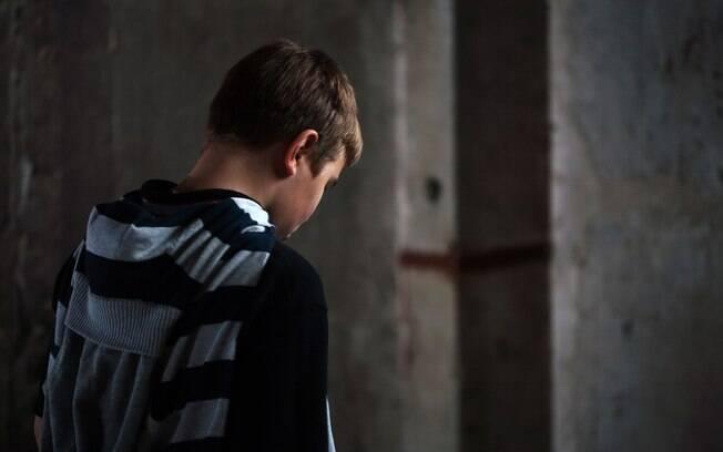 Suicídio infantil: maioria dos casos está ligada à depressão, que é tratável