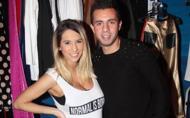 Defederico, ex-jogador do Corinthians, e sua esposa Cinthia