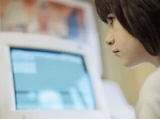 71% dos pais acham que os filhos usam a internet com segurança