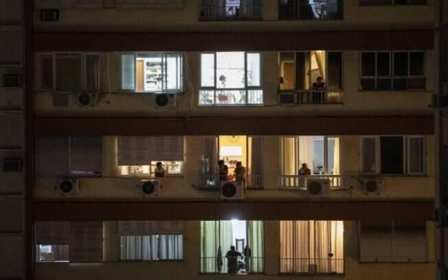 Edifício em Copacabana com moradores em quarentena