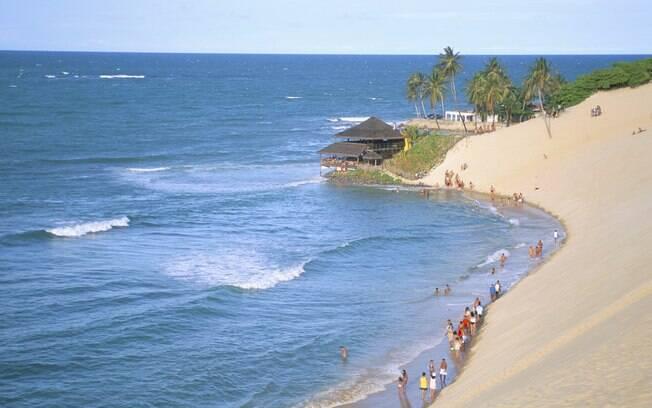 Genipabu é conhecida por suas dunas, onde foram gravadas cenas da novela