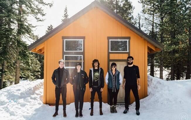 Far From Alaska é uma das bandas que se apresentam no Festival Rock Street