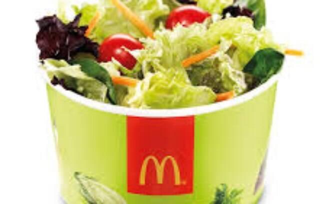 Salada do McDonald's pode ter causado a doença em dezenas de pessoas por estar contaminada