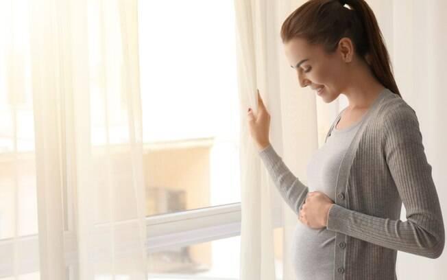 O congelamento de óvulos surge como uma saída para as mulheres que pretendem esperar o momento ideal da maternidade