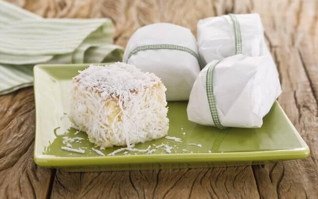 Foto da receita Bolo gelado de coco pronta.