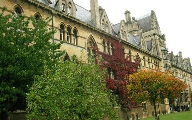 Faculdade de Christchurch, em Oxford: ponto imperdível do passeio
