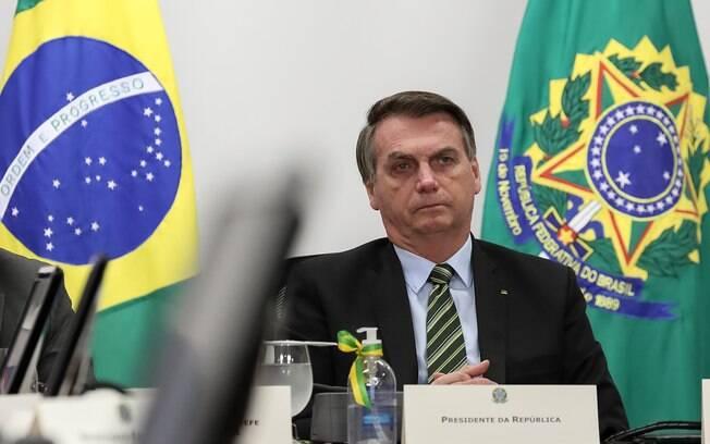 Bolsonaro confirmou que governo deve lançar mais três parcelas do auxílio