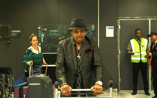 Joe Jackson desembarcou em São Paulo na manhã de quarta-feira (22). Foto: AgNews