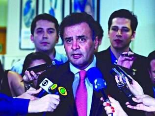"""Viável. Se conseguir apoio do """"blocão"""", proposta de Aécio para uma CPMI da Petrobras pode vingar"""