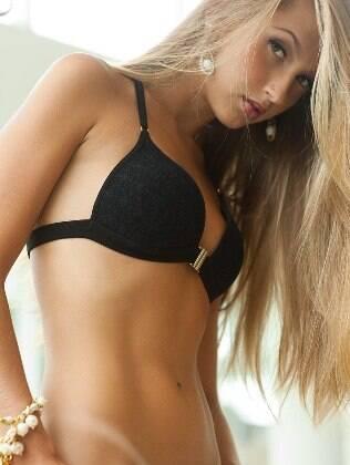 Confira o ensaio sensual de Gabriela Correa no Bella da Semana