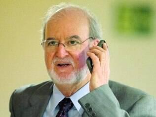 'Renunciei porque o procurador geral havia extrapolado', diz Azeredo