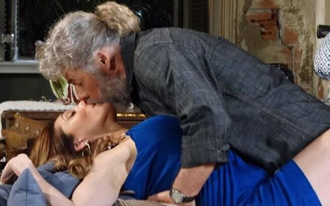 Tereza Cristina e Pereirinha começam a se encontrar de madrugada