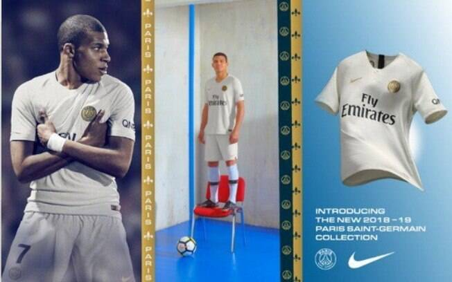 O PSG anunciou seu novo uniforme na cor branca e o novo número de Mbappé
