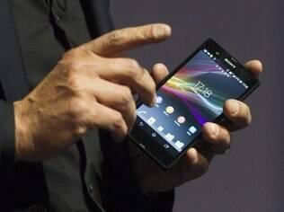 Xperia Z, novo smartphone da Sony, ganhará versão para o Brasil chamada Xperia ZQ