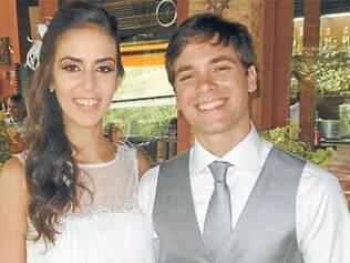 A emocionante e romântica união de Priscilla Rinaldi e Tiago Rossi, no último sábado (29), nos jardins do Parque Ecológico Vale Verde