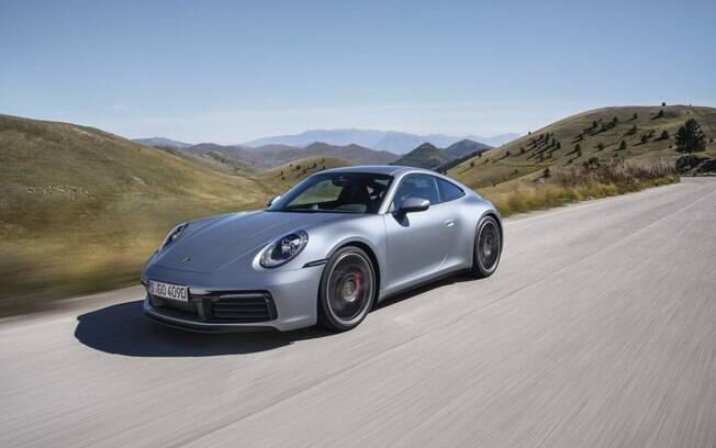 Porsche 911 da linha 2020 fica ainda mais estável nas curvas com bitolas mais largas entre as mudanças