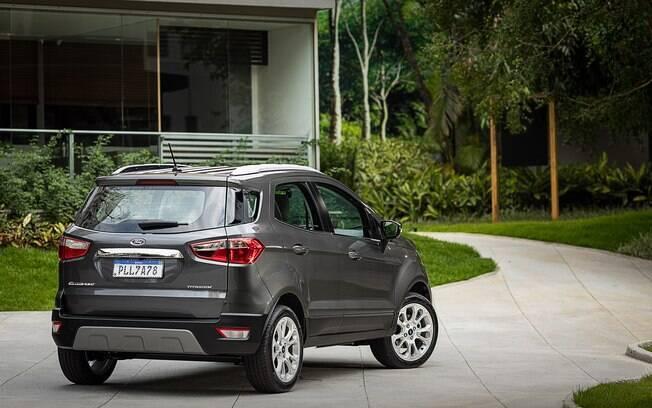 O estepe na traseira não era do gosto dos novos clientes de SUVs compactos. Portanto, a Ford optou por pneus run flat