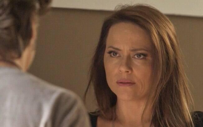 Lili decide terminar com Rafael, em Totalmente Demais