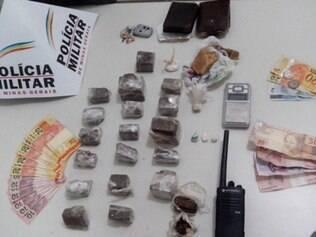 Grande quantidade de drogas foi encontrada durante abordagem de rotina