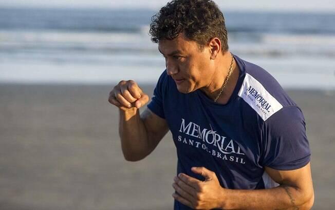 Radicado há cinco meses em Santos, Popó caprichou na preparação para a luta deste sábado