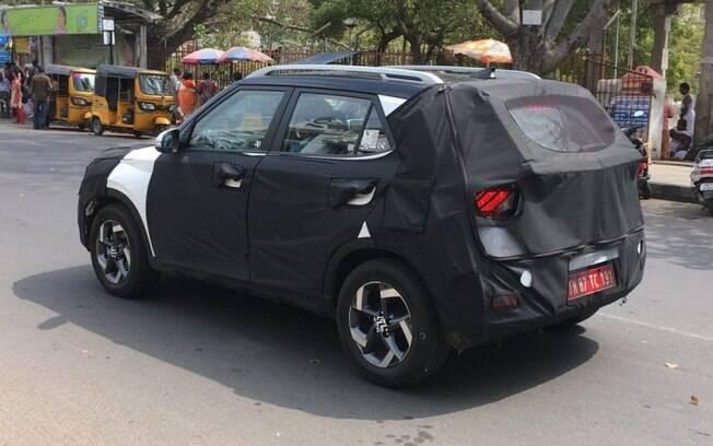 Hyundai Styx, o mini SUV da marca coreana menor que o Creta,roda disfarçado às vésperas da estreia nos EUA