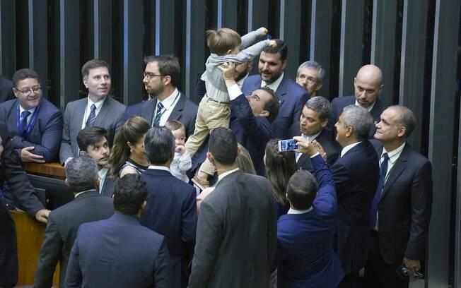 Eleito para substituir Cunha em 2016, Maia venceu de novo em 2017 e chegou à terceira vitória na Câmara dos Deputados