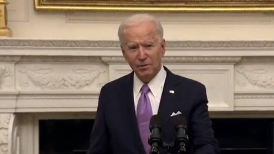 Joe Biden, presidente dos Estados Unidos; país tem vacinas suficientes para vacinar todos os adultos até maio