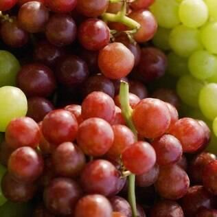 Portugueses e espanhóis acreditam que as uvas garantam prosperidade