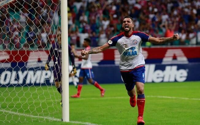 Gilberto foi um dos grandes nomes do Bahia na vitória sobre o Fluminense