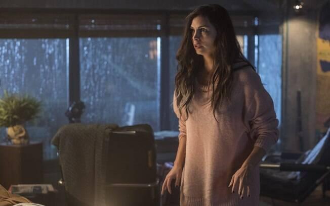 Morena Baccarin é Vanessa Carlysle, namorada do anti-herói Deadpool
