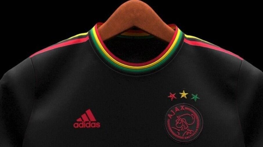 Suposta camisa do Ajax com homenagem a Bob Marley
