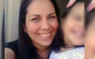 Pai de bebê encontrado em bueiro com mãe morta é condenado à prisão perpétua - Mundo - iG