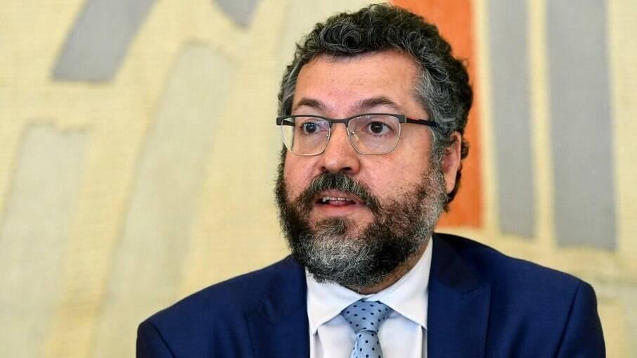 CPI da Xovi: os 3 focos principais no depoimento de Ernesto Araújo
