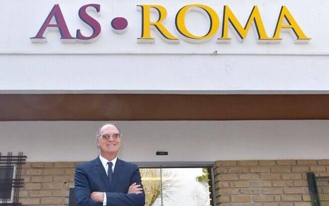 Falcão na sede da Roma, na Itália